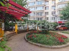 云峰嘉园 南向独立一室 房主诚心出售-绿化绿地